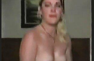 कैरोल में पानी हिंदी सेक्सी पिक्चर मूवी में कूदो।